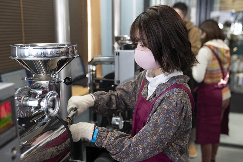 「目屋炭」コーヒー焙煎体験ツアー